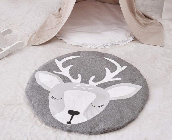 Детский коврик для малыша с оленем
