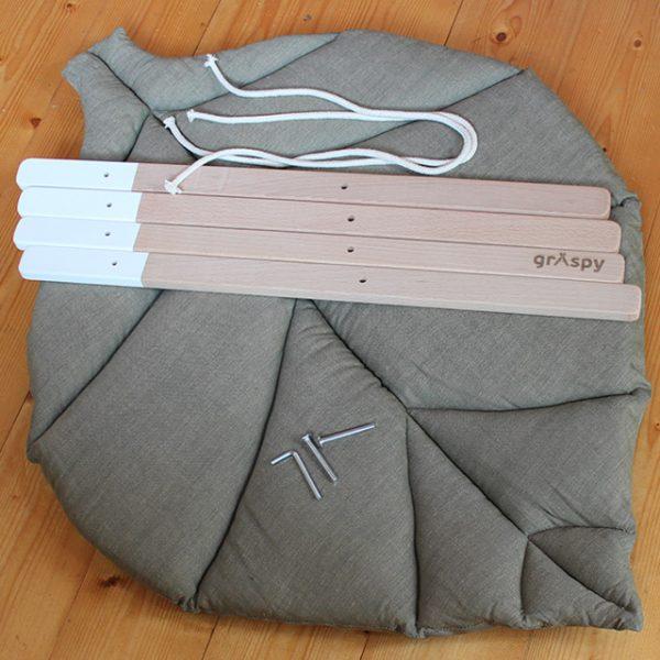 Игровой коврик листик серо-зеленый