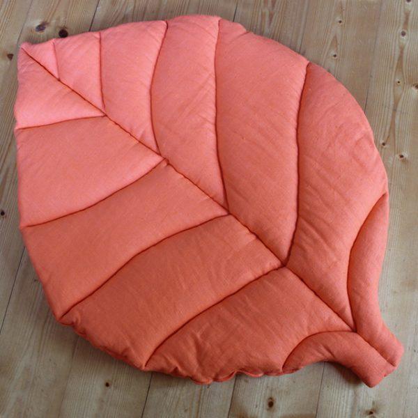 Игровой коврик листик оранжевый
