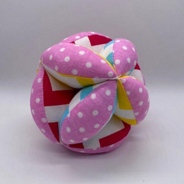 Мячик такане розовый цветной