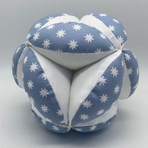 Мячик Такане серо-голубой со звездами