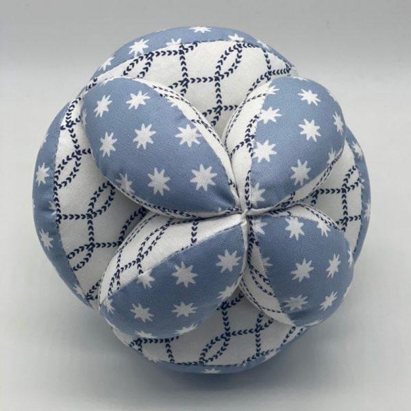 Мячик Такане серо-голубой со звездами и орнаментом