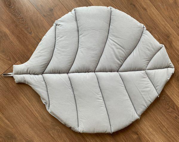 Коврик-листик серый