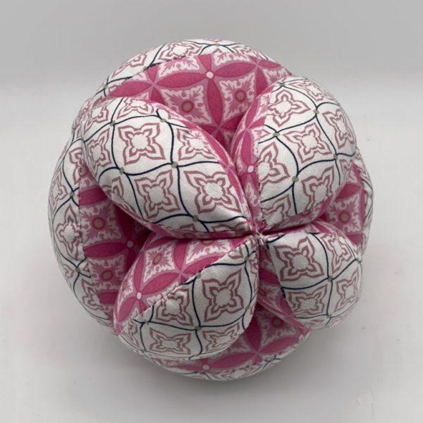 Мячик Такане бело-красный с орнаментом