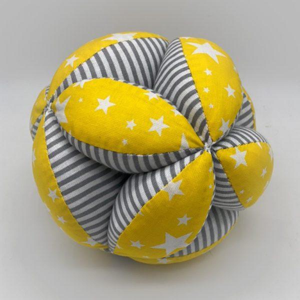 Мячик Такане желтые звезды и полосы