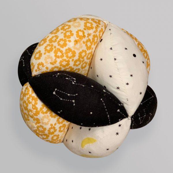 Мячик Такане желто-черный