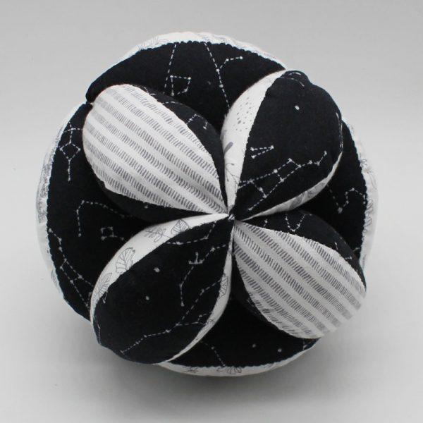 Мячик Такане контрастный
