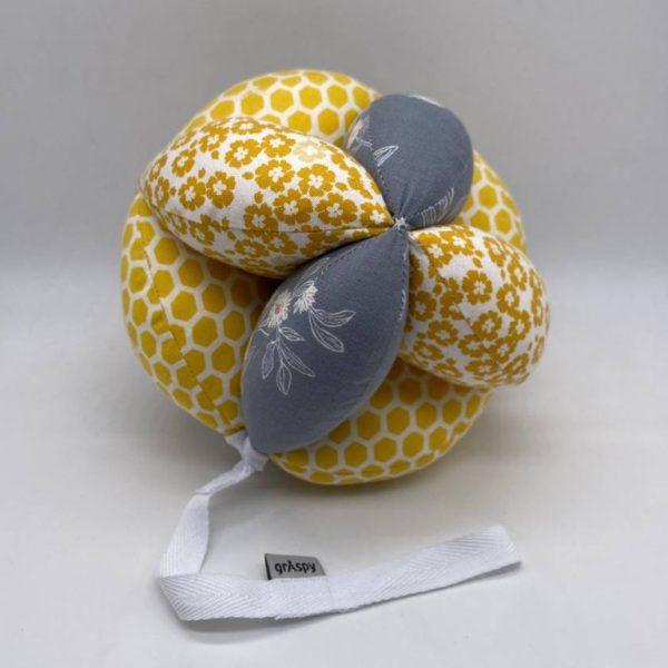 Мячик Такане медовые цветы